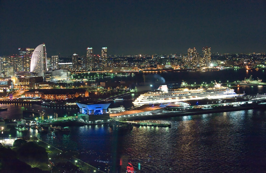 Yokohama_Osanbashi_Cruiseship_Night