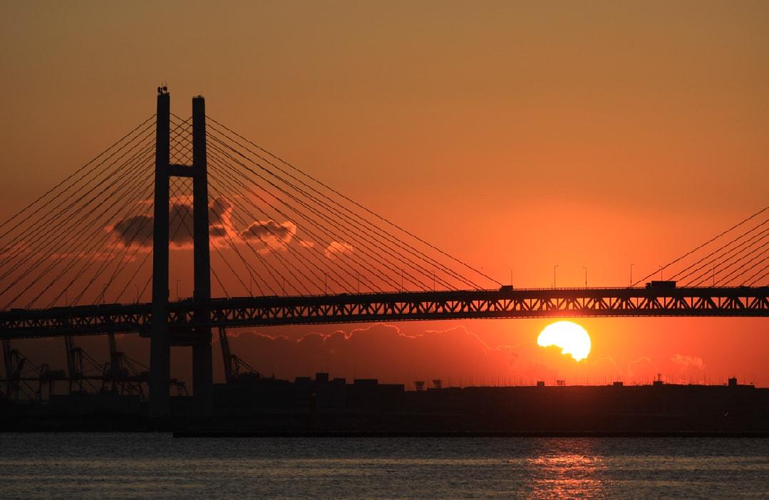 YokohamaBaybridgeSonnenuntergang